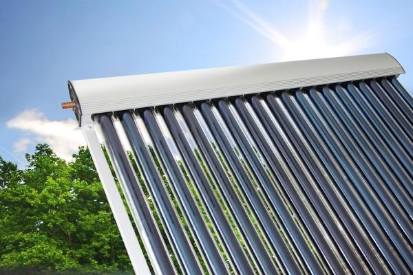 Eurotherm-Solar PRO Vakuumröhrenkollektor 15R (2,35 qm)